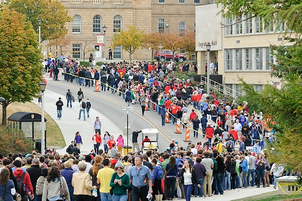 Lines for the main entry gate to Bascom Hill began forming in the early morning hours and eventually wound along Observatory Drive to the far west side of campus.