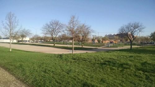 Photo: Urban parking lot