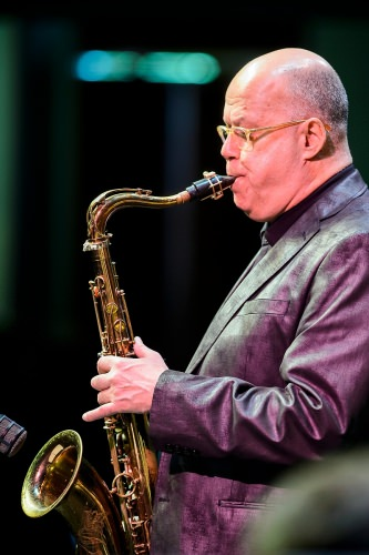 Saxophonist Bob Sheppard was this year's guest musician for the UW High School Honors Jazz Band.