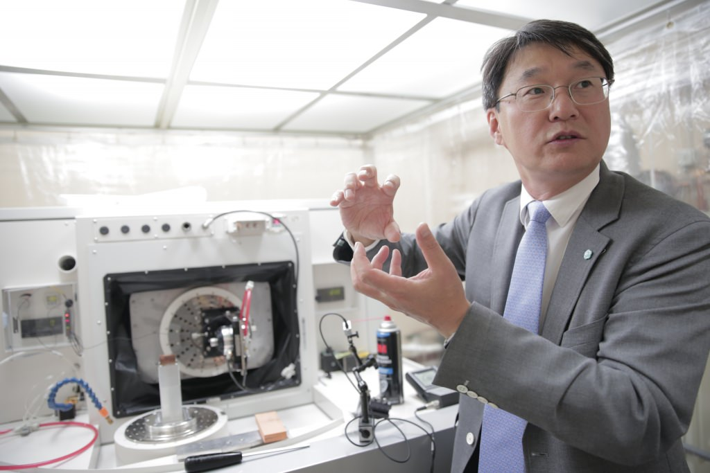 Professor Sangkee Min explains the ROBONANO, the first machine of its kind in North America. The machine's nano precision could open up improved and novel approaches to the manufacturing of everything from semiconductors to mobile devices to scientific instruments.