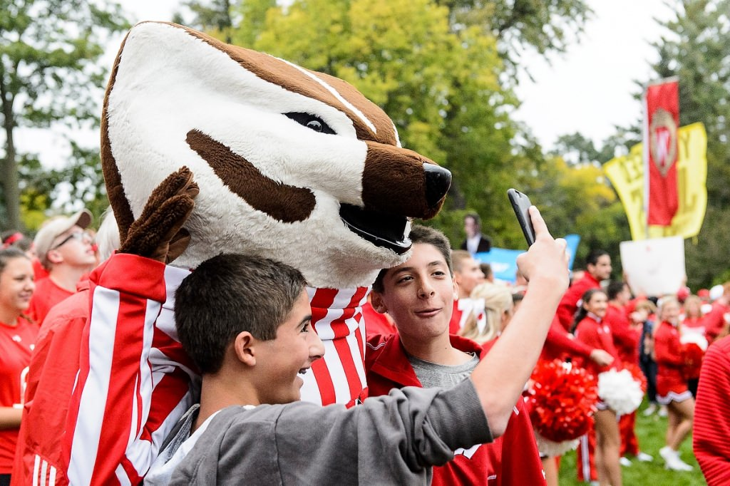 Young fans take a selfie with Bucky.