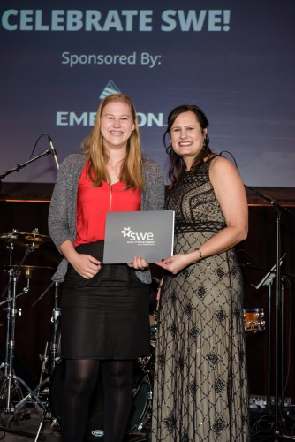 Anna Scheibengraber, left, a UW–Madison senior, receives her second place award at the 016 PepsiCo/Society of Women Engineers (SWE) Student Engineering Challenge.
