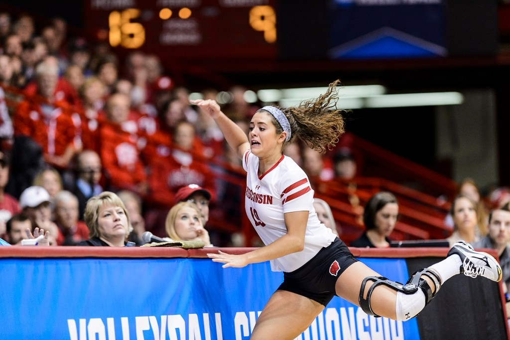 Another big night for Badger volleyball