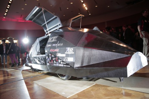 After more than a year of intensive design work and construction, the Badgerloop team brought its 15-foot-long, 2,100-pound pod to California for the competition.