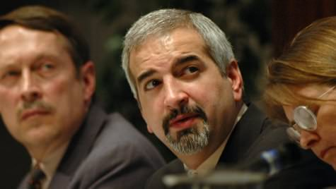 Photo: Anthony Shadid in panel discussion