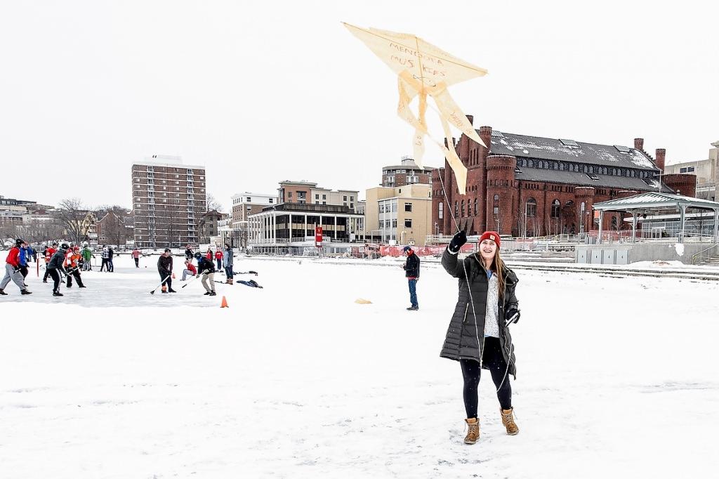 Jennifer Stevens flies her creation from the kite-making workshop.