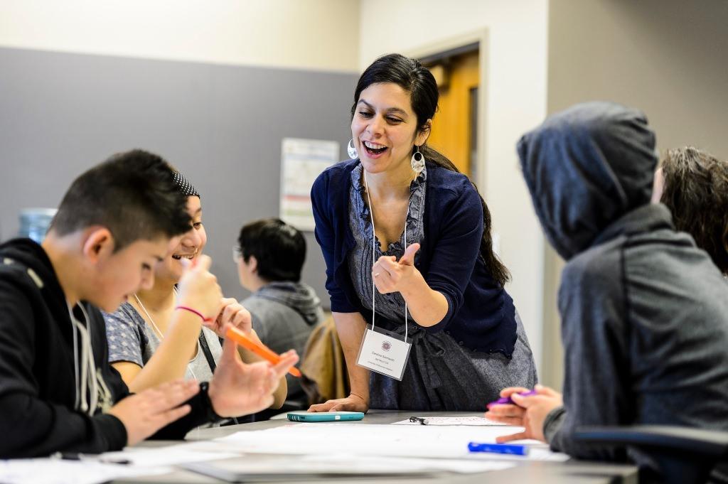 Photo: Carolina Sarmiento and students