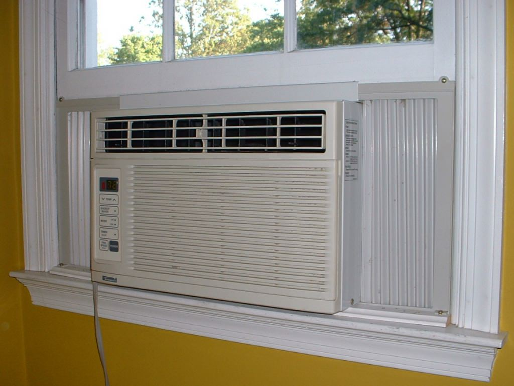 Photo: Window air conditioner