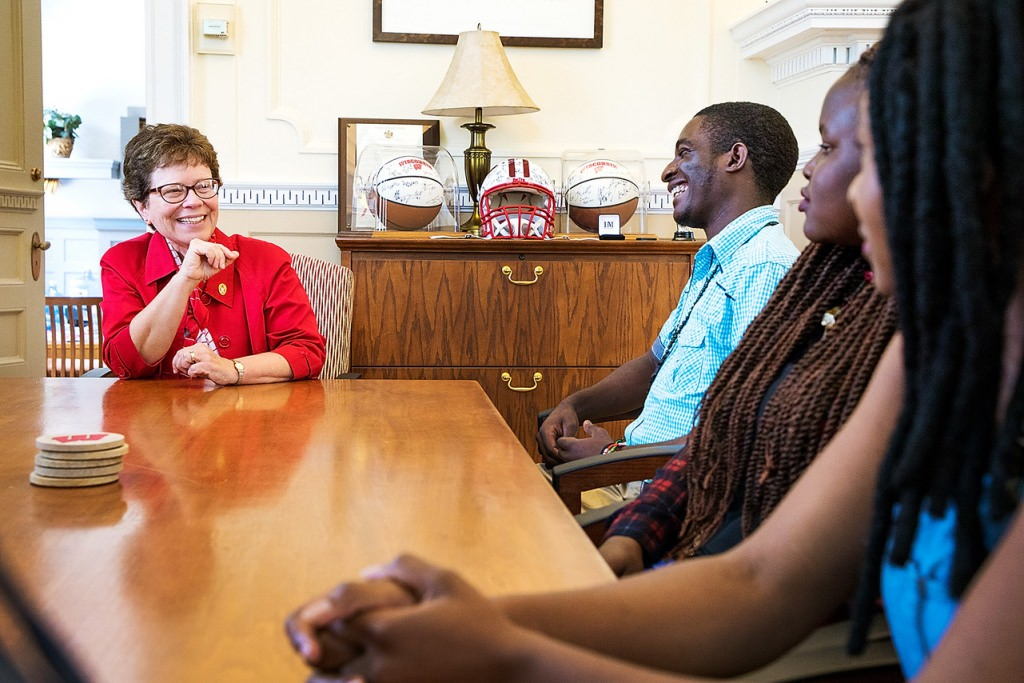 UW-Madison Chancellor Rebecca Blank meets with the King-Morgridge Scholars in her office on Aug. 16. The scholarship is for high-achieving students from Africa, Latin America, the Caribbean, Southeast Asia and South Asia.