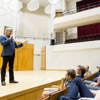 Steve Miller, a UW-Madison alum, and Milwaukee native, holds a public talk discussing careers in the music business at the Mills Concert Hall at the University of Wisconsin-Madison on Oct. 19, 2017. The event was attended by UW-Madison music students and members of the Madison community. (Photo by Bryce Richter / UW-Madison)