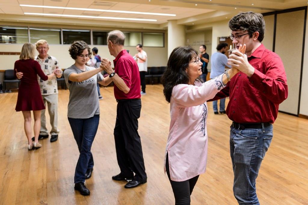 Photo: Couples dancing the tango