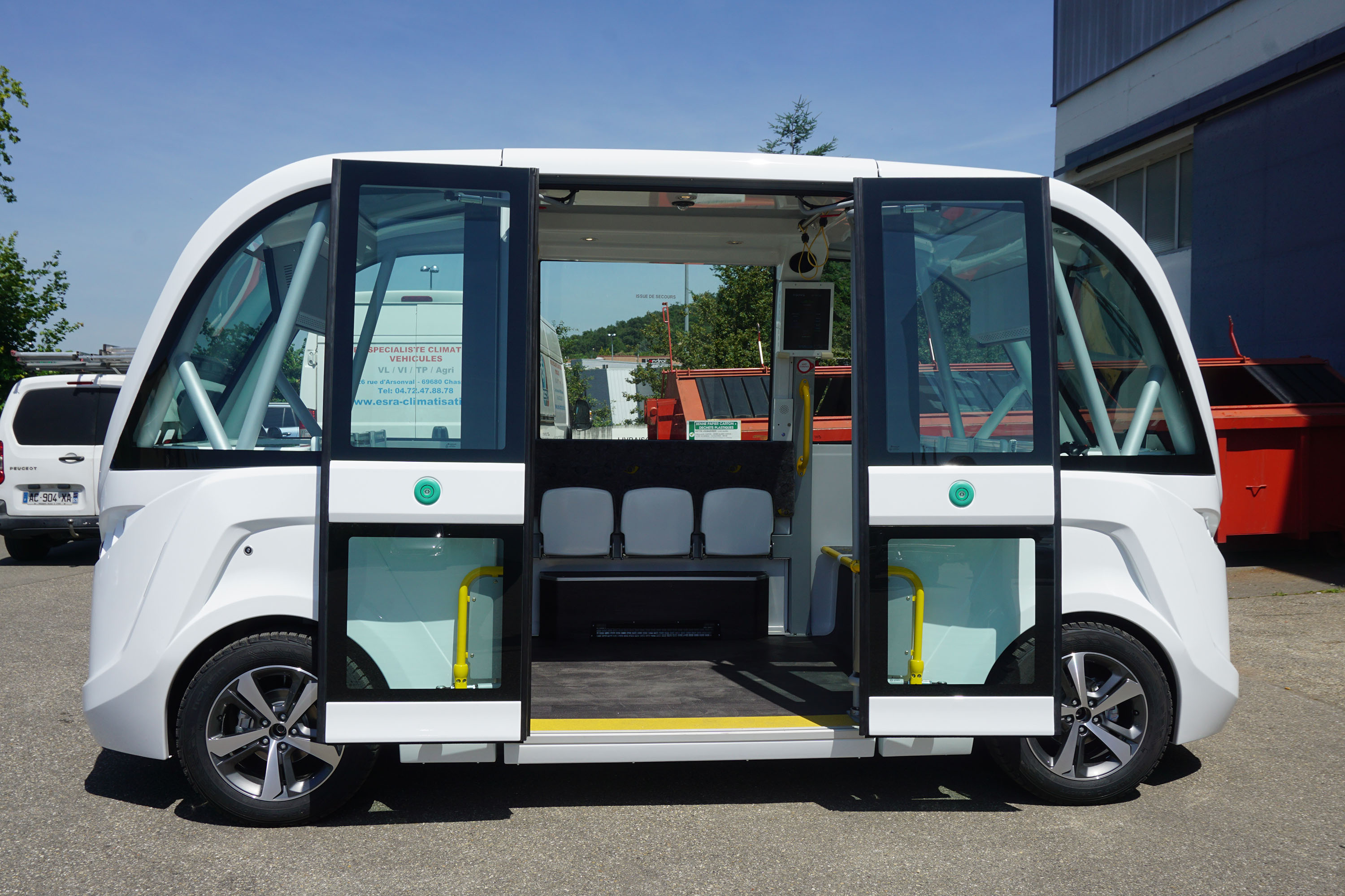 Unique driverless vehicle on display Nov. 15-18 in Madison