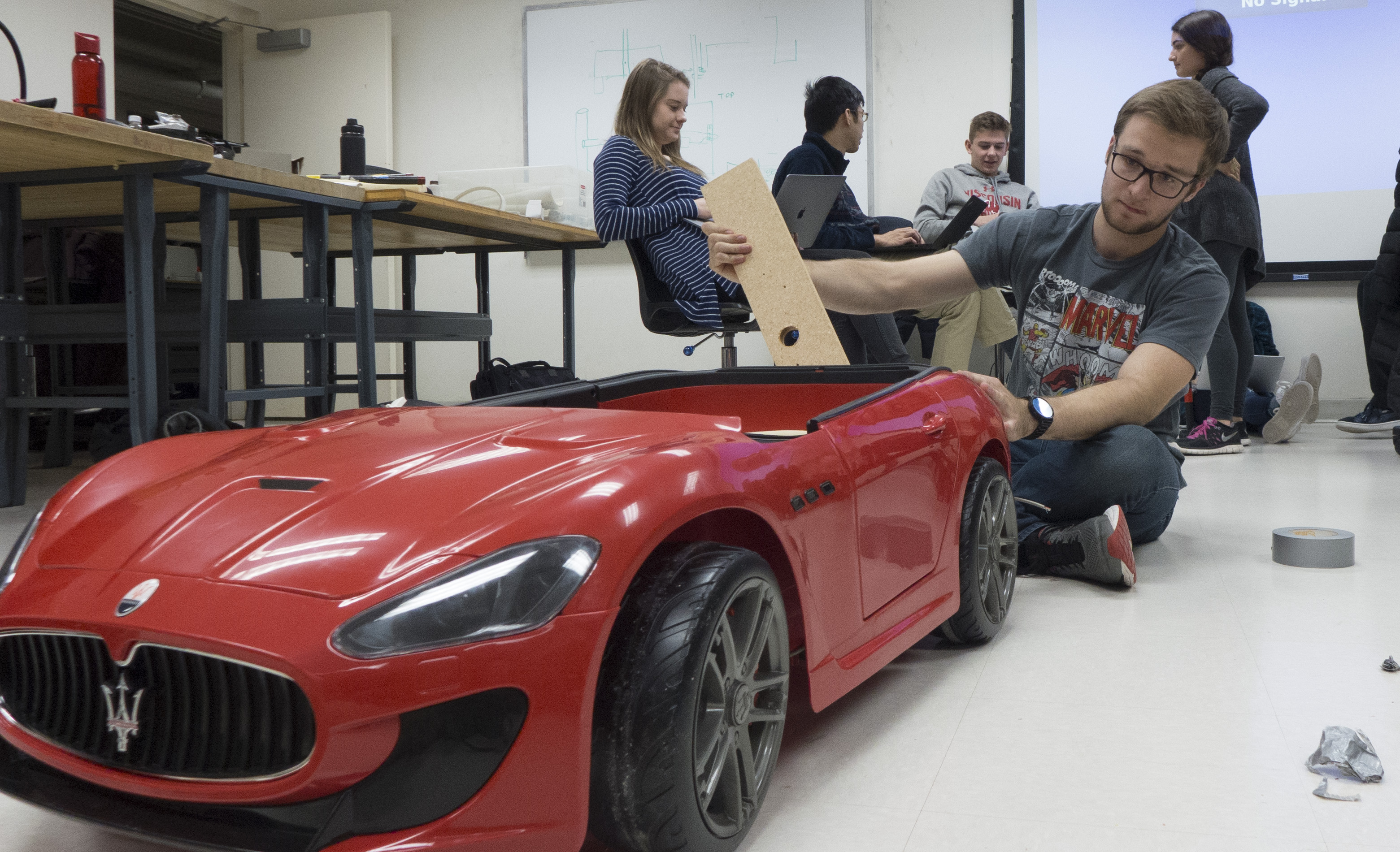 Do You Know Where Your Car Is Madisons >> Projects On Display As Engineering Prototyping Class Wets Feet