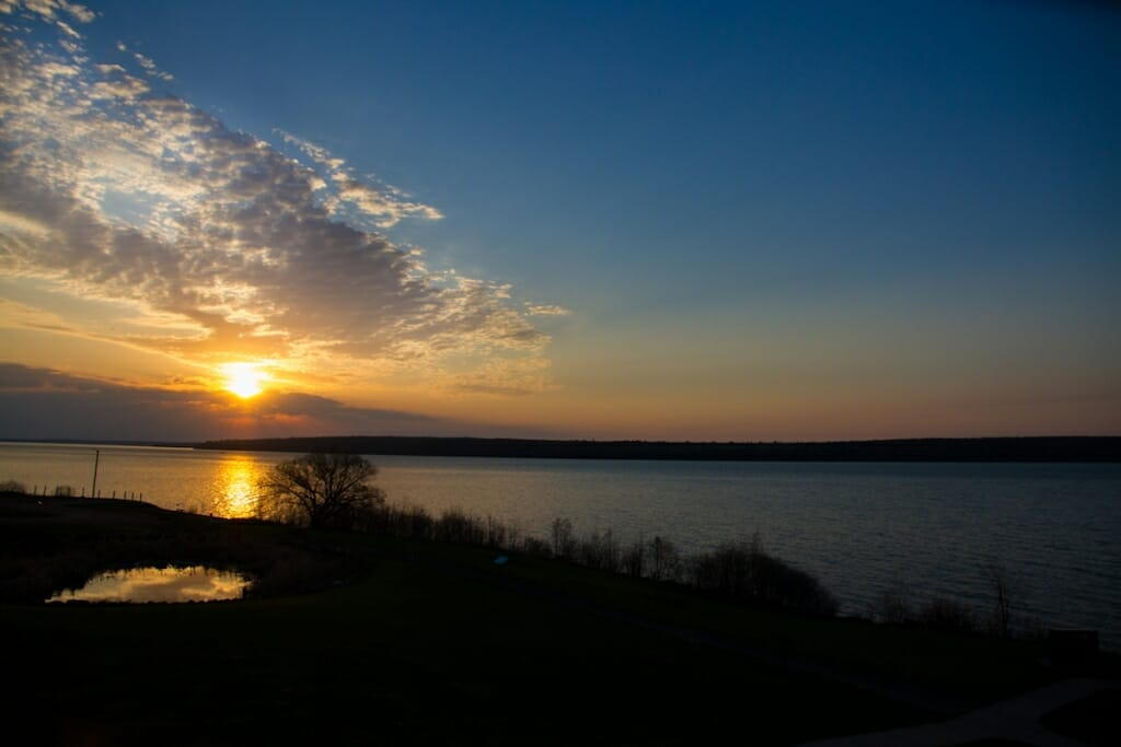 Photo: Beautiful sunrise over lake