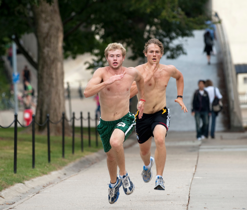 A photo of students doing wind sprints up Bascom Hill.