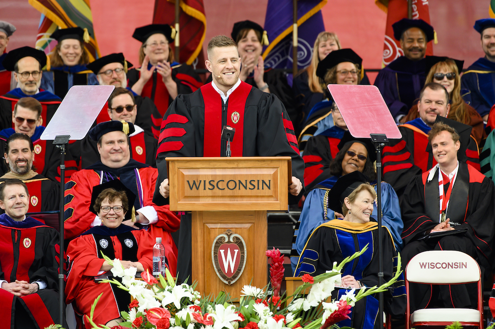 JJ Watt delivers commencement speech at his alma mater