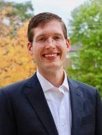 Photo: Portrait of Ryan Stowe
