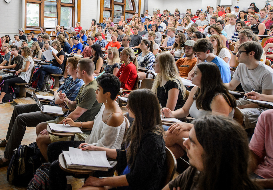 Photo: Students sitting in a large lecture class