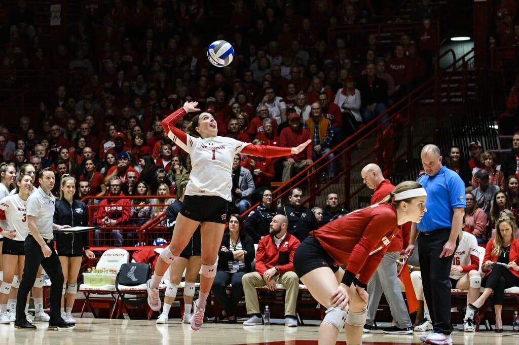 Photo: Lauren Barnes (1) serves the ball.