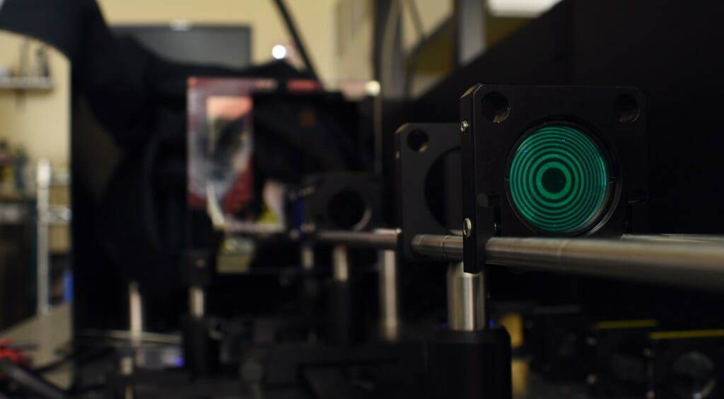 Imaging system allows us to see UV and visible light simultaneously