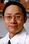 Ren-He Xu, developmental biologist in the WiCell Research Institute. Photo: Steve Milanowski/courtesy Wisconsin Alumni Research Foundation