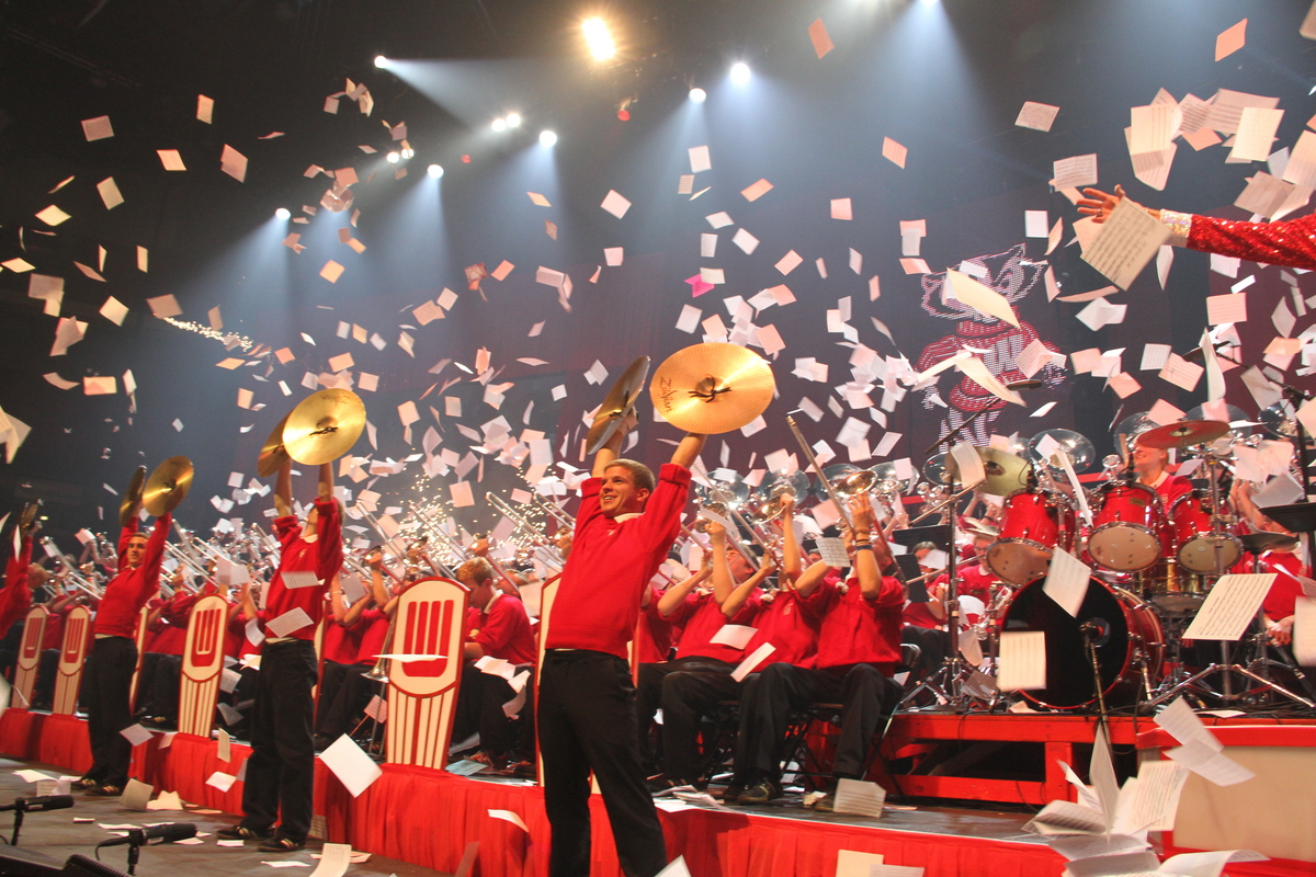 Badger Band goes over the rainbow