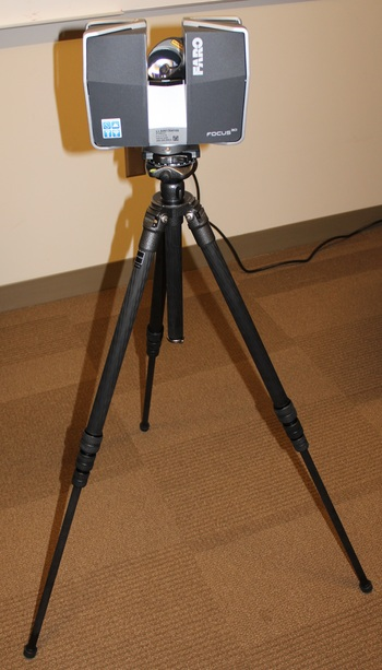 Photo: Scanner on tripod