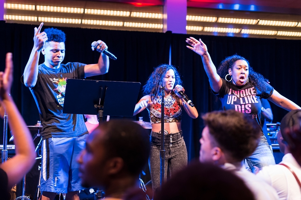 Photo: Students (from left to right) Elisha Ikhumhen, Miriam Burgos, Tashiana Lipscomb and Caleb Caldwell sing No One by Alicia Keys during live band karaoke performance.