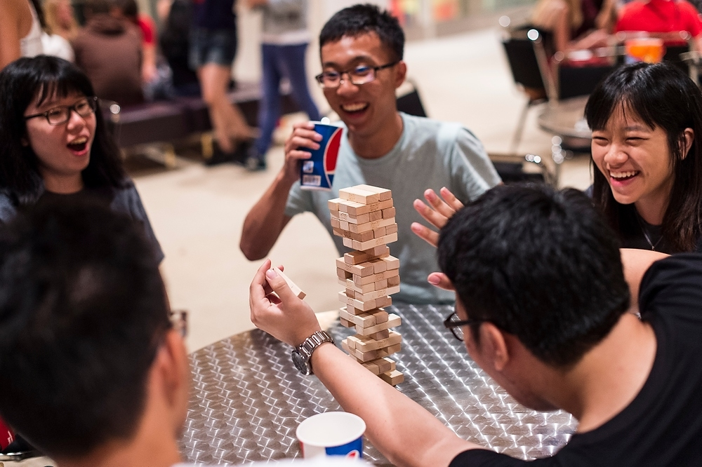 Photo: Students playing Jenga