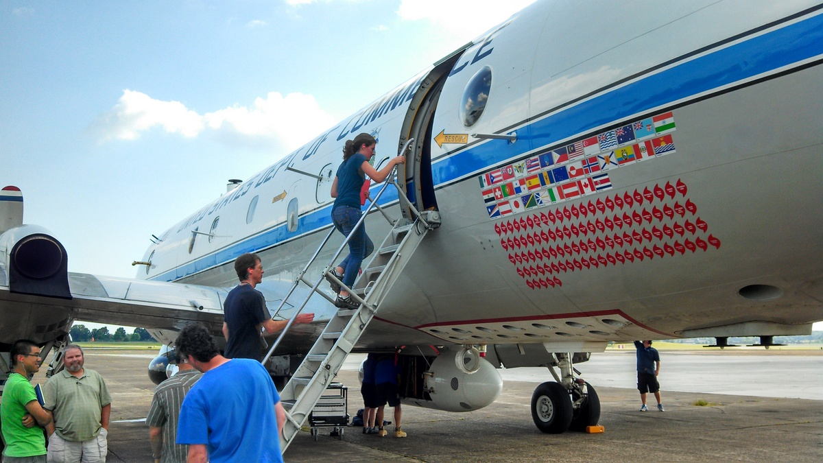 Photo: Jen Kaiser boarding plane