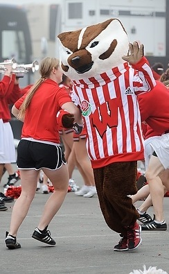 Photo: Bucky Badger dancing