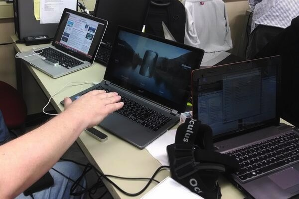 Using Leap Motion controller