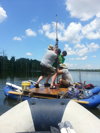 Photo: Lake researchers on boat