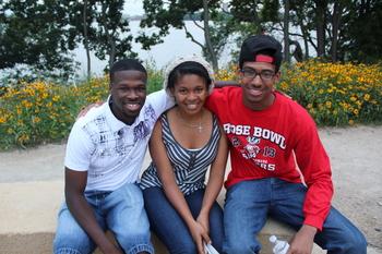 Photo: Three SCE students