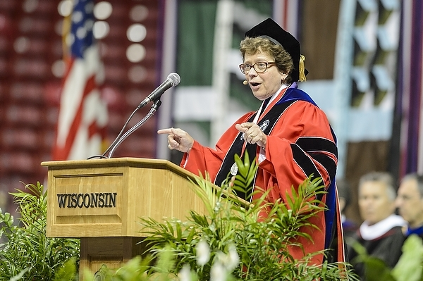Photo: Chancellor Blank speaks to incoming freshmen and transfer students