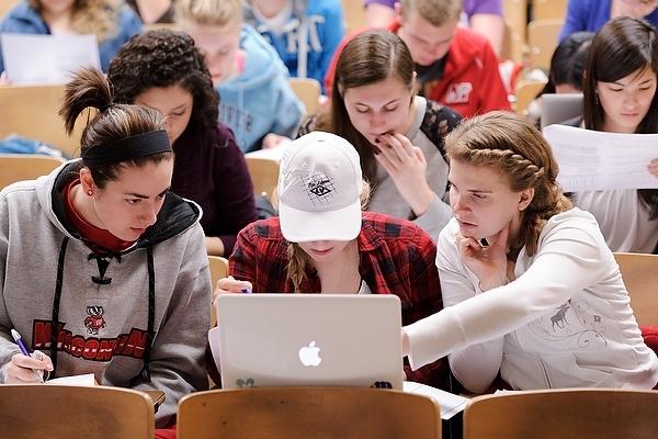 Photo: Undergraduate class